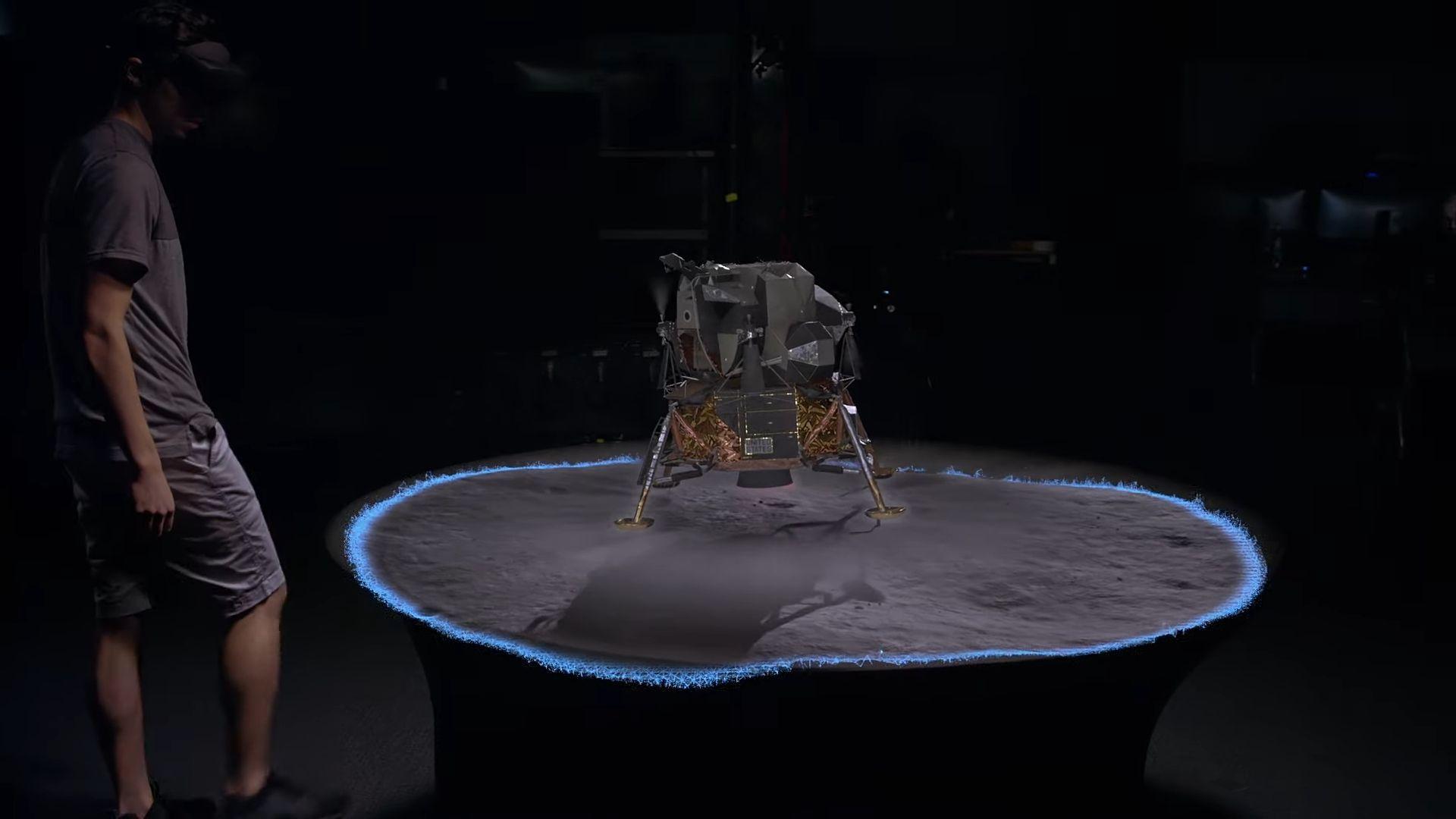 Теперь вы можете своими глазами увидеть высадку на Луну
