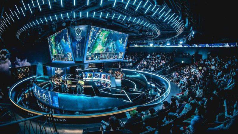 Матчи League of Legends Pro в Китае отложены из-за проблем с коронавирусом