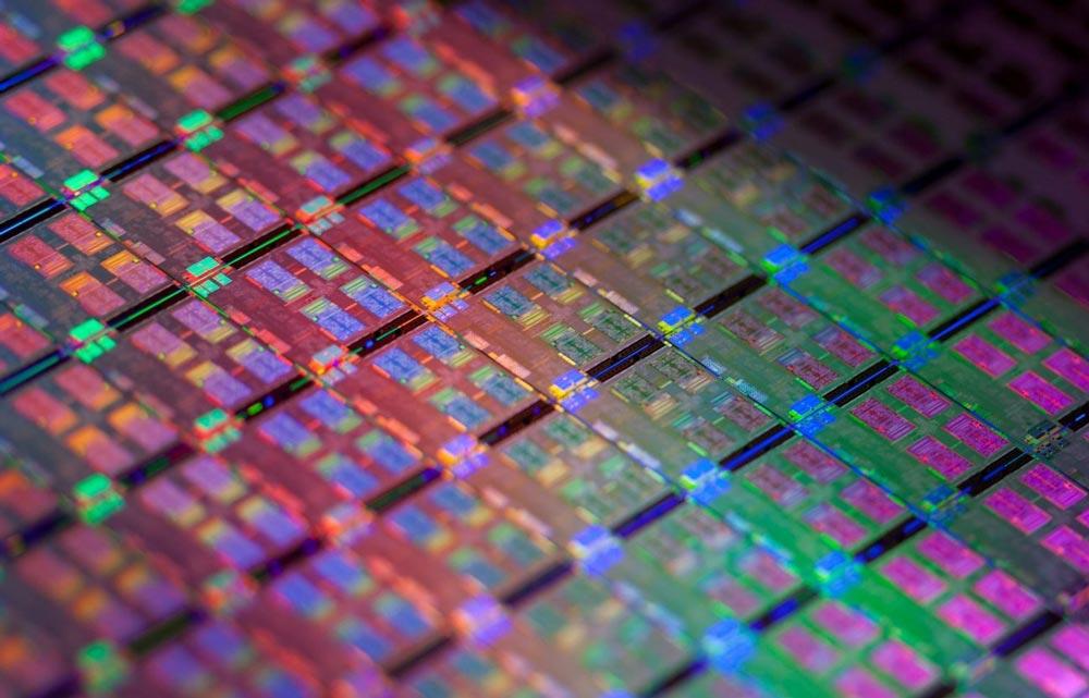 AMD будет стараться минимизировать последствия от коронавируса