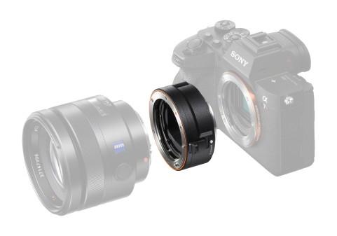 SonyElectronics анонсировали новый адаптер LA-EA5 для объективов с байонетом A