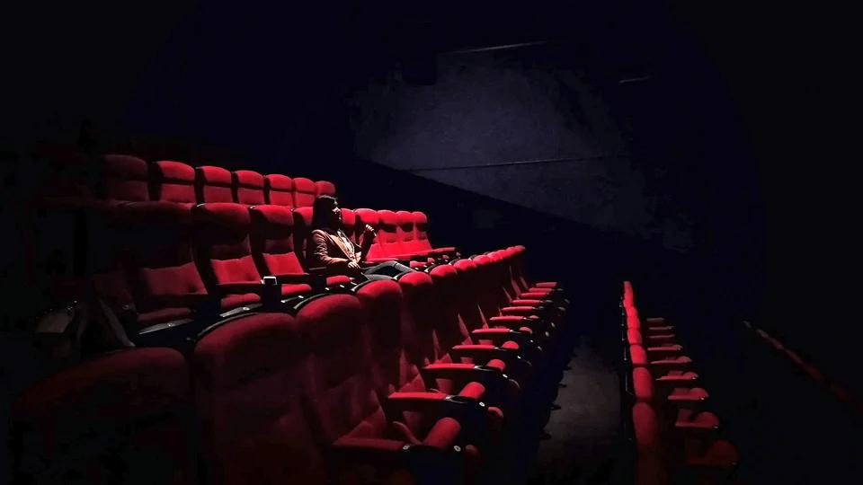 Новые правила в кинотеатрах России